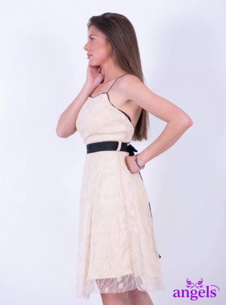 55f72dedadc Φόρεμα Με Μαύρο Ζωνάκι Άμμος