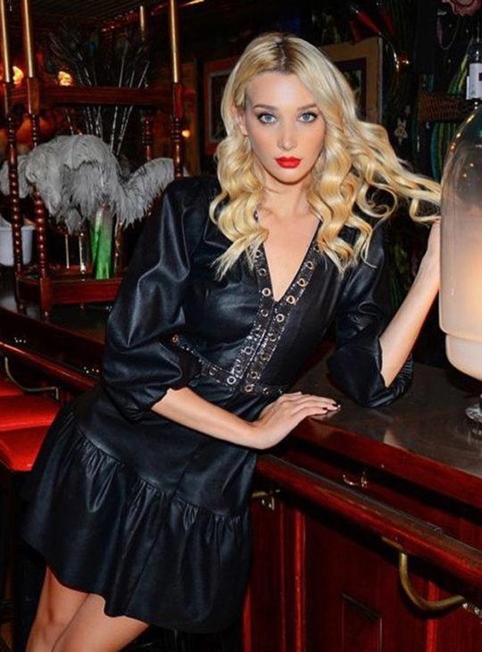 Γυναικεία ρούχα||WE COSS Φόρεμα από δερματίνη σε μαύρο χρώμα||Online Κατάστημα