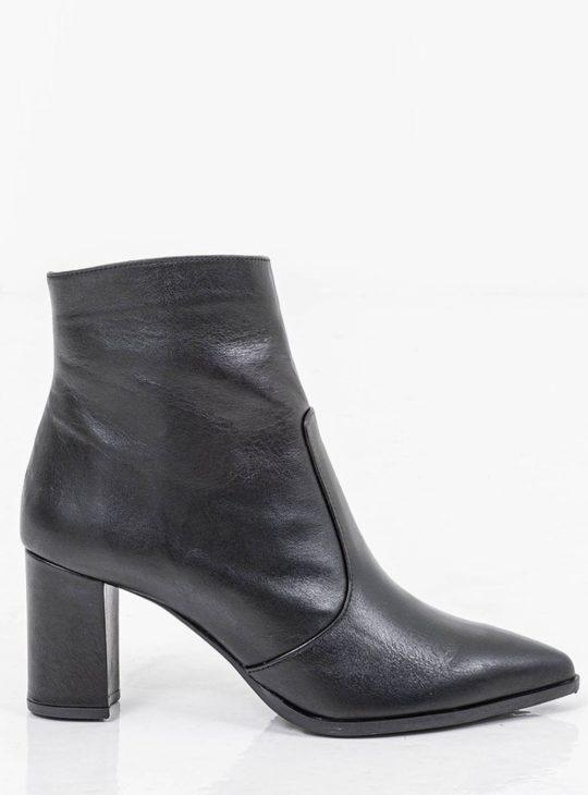 Μαύρα δερμάτινα γυναικεία μποτάκια  Γυναικεία Παπούτσια